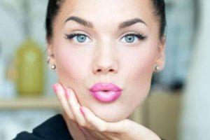 Губы — как правильно подчеркнуть?